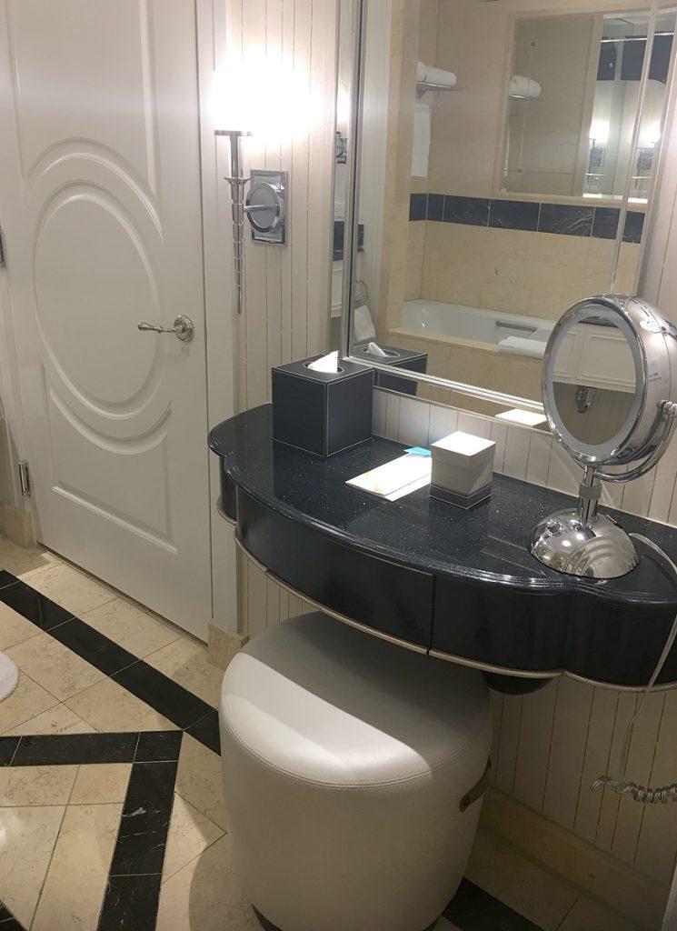 palazzo Las Vegas bathroom