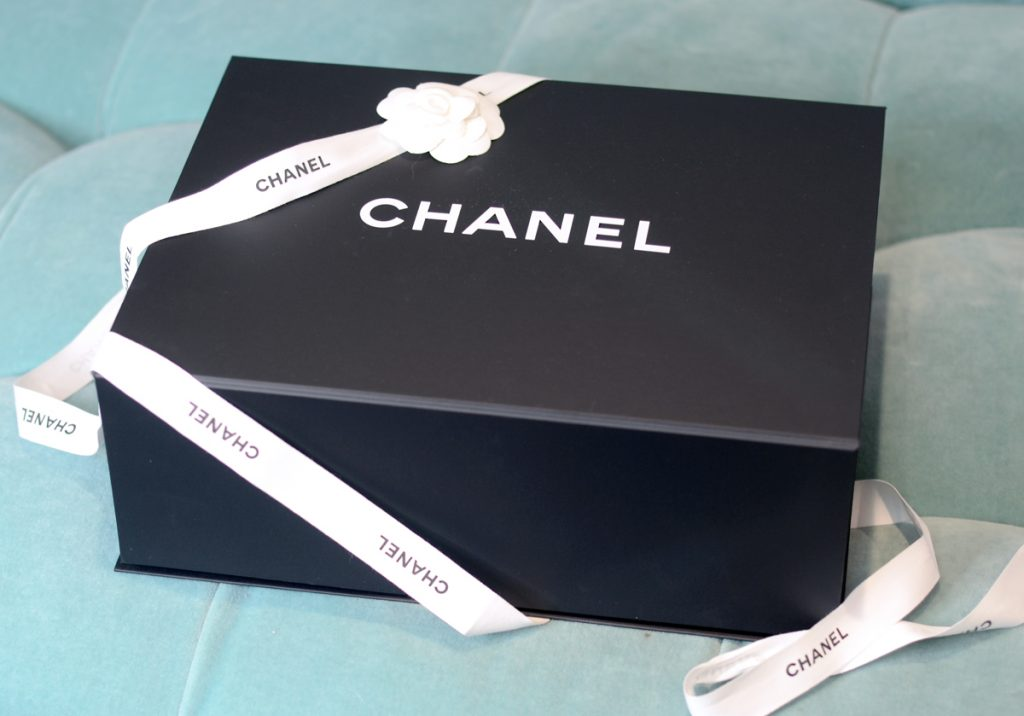 Chanel Jumbo Classic Flap Unboxing with Los Angeles Cruelty-Free Beauty Blogger, Emily Wolf Beauty